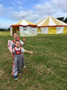 young Zac & Olly help with the circus